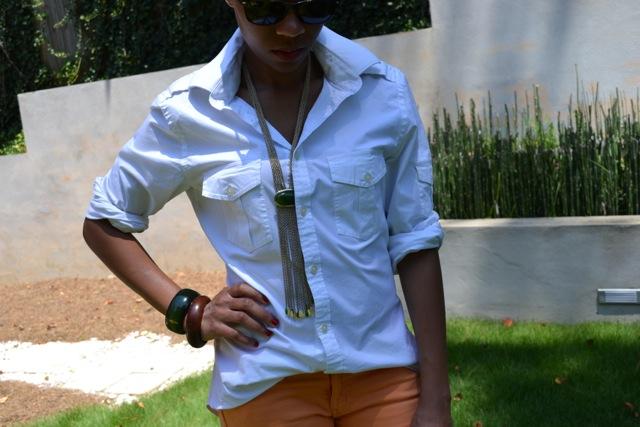 2 Ways to Wear Orange Jeans: Look 2(a)