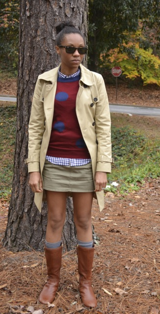2 Ways to Wear Mini Skirts in Cooler Weather 3