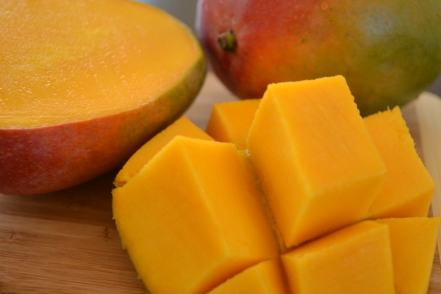 How to Chop a Mango