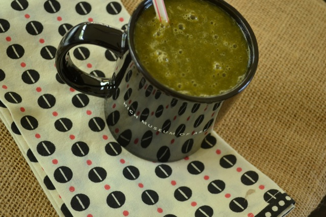 Green Smoothie: Kale, Carrot, Mango…