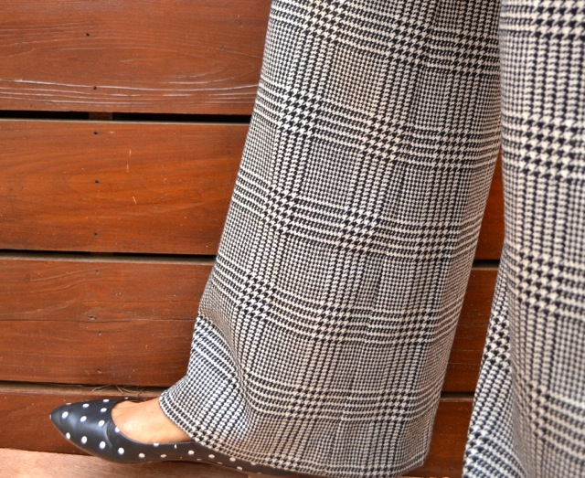 Black & White Mixed Prints: Houndstooth + Dots