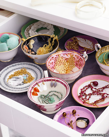 Jewelry Organization: Bowls & Plates