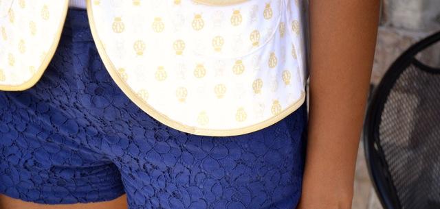 Ladybug Print Blazer + Lace Shorts 4