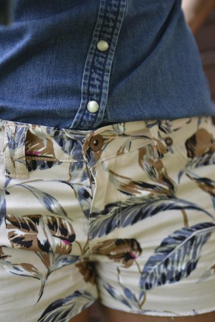 Leaf Print Cutoff Shorts + Denim Shirt 2