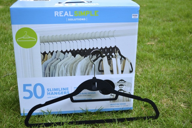 Closet Organization: Slim Hangers