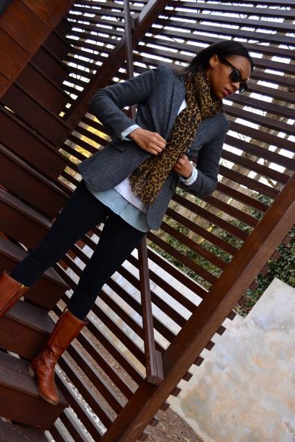 Blazer + Chambray Shirt + Sweater + Leggings 2