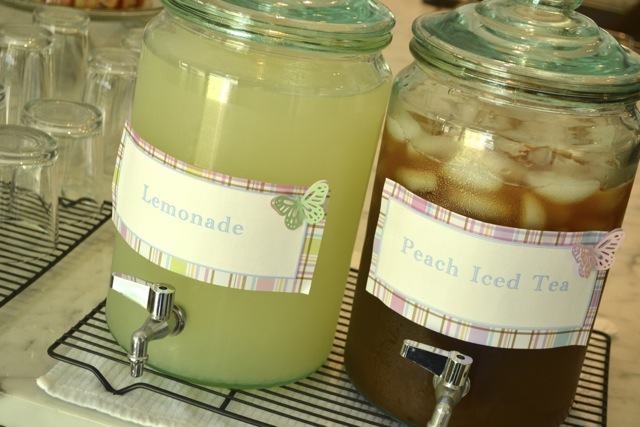 Entertaining: Spring Party: Lemonade and Peach Iced Tea