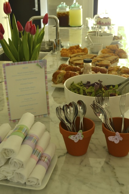 Entertaining: Spring Party: Buffet